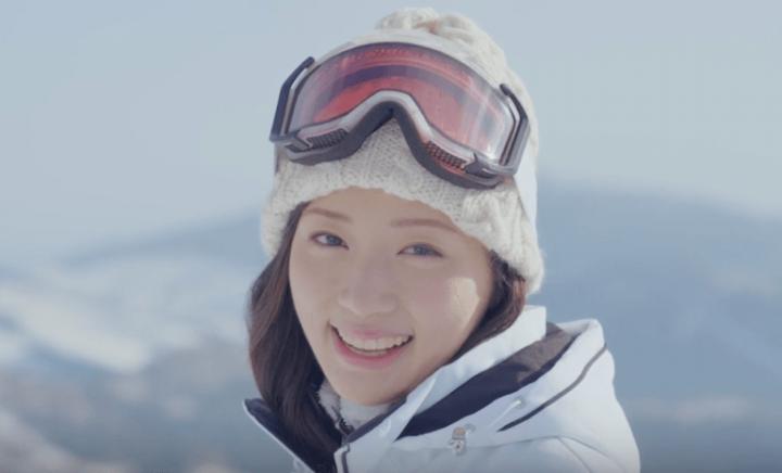 相良樹 笑顔 スキーウェア ゴーグル