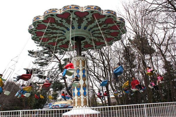 アトラクション 遊園地 回転アトラクション タワー