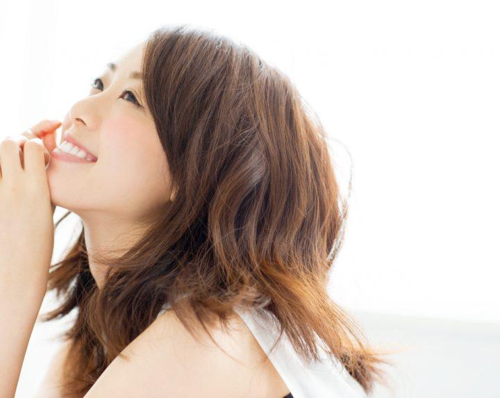 モデル 女性 天田優奈 セミロング