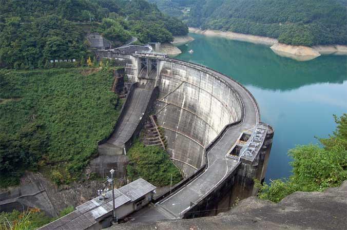 ダム アーチ式ダム 水力発電 上椎葉ダム