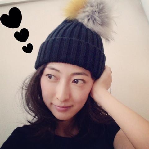 女優 女性 ニット帽 浜田麻希