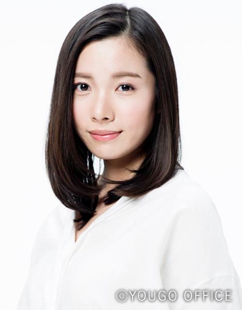 女優 上田結 女性 セミロング